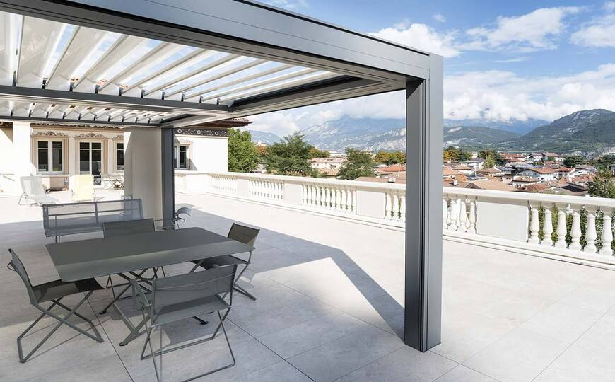 La pergola aluminium, la structure idéale pour aménager votre extérieur!